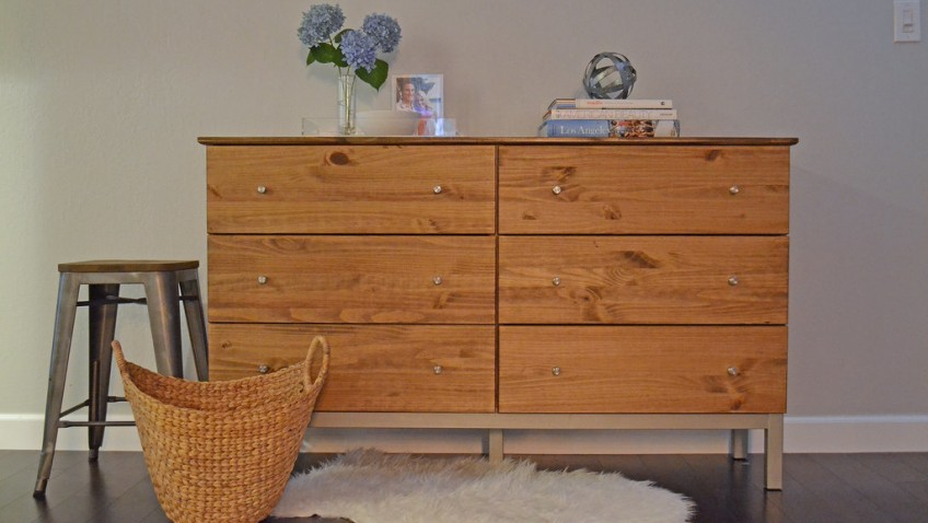 une commode tarva ann es 50 petit prix bidouilles ikea. Black Bedroom Furniture Sets. Home Design Ideas