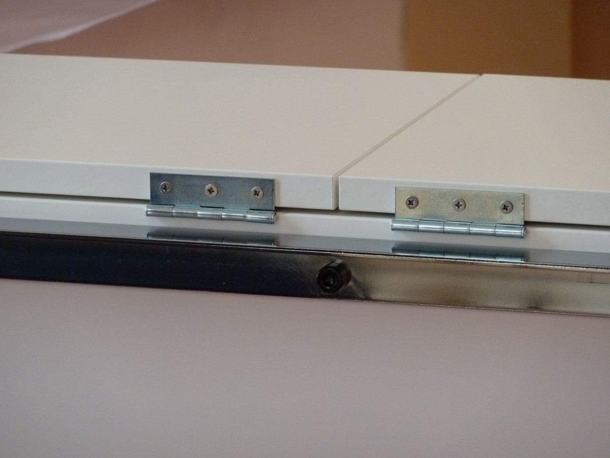Meuble tv pur et design diy bidouilles ikea - Comment cacher un placard sans porte ...