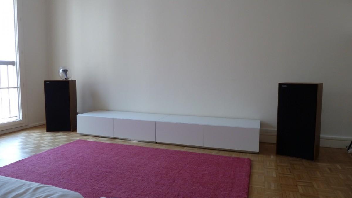 Meuble Tv Ikea Noir Laqu Finest Meuble Tv Hifi En Chne Massif Et  # Meuble Tv Home Cinema Industriel Diy