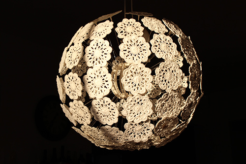 Ikea lampe industrielle une lampe maskros au crochet - Lampe industrielle ikea ...
