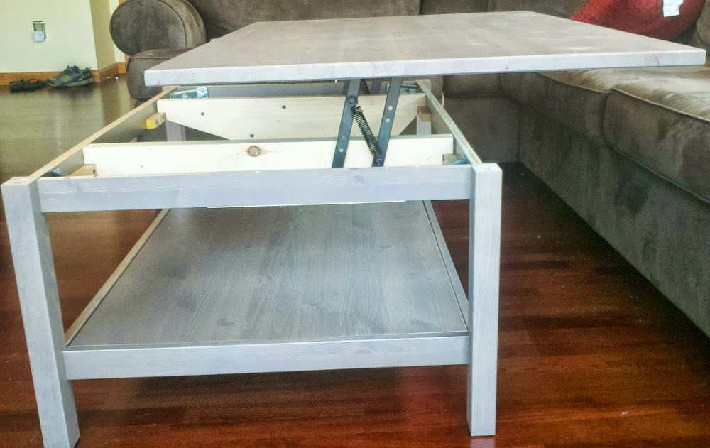 Table basse relevable ikea avec hemnes bidouilles ikea - Table de salon ikea ...