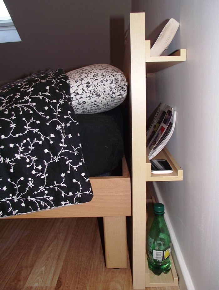 une t te de lit diy simple et bien rang e bidouilles ikea. Black Bedroom Furniture Sets. Home Design Ideas