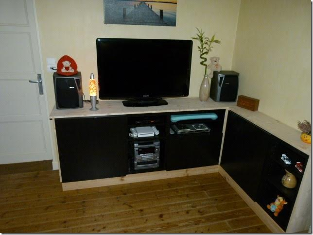 meuble tv avec best bidouilles ikea. Black Bedroom Furniture Sets. Home Design Ideas