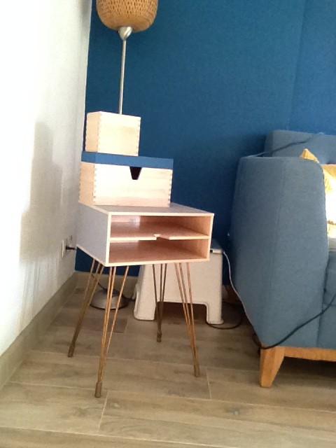 petit meuble bout de canap au look vintage bidouilles ikea. Black Bedroom Furniture Sets. Home Design Ideas