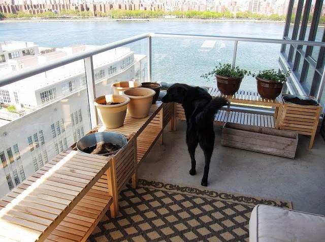 jardini res de balcon. Black Bedroom Furniture Sets. Home Design Ideas
