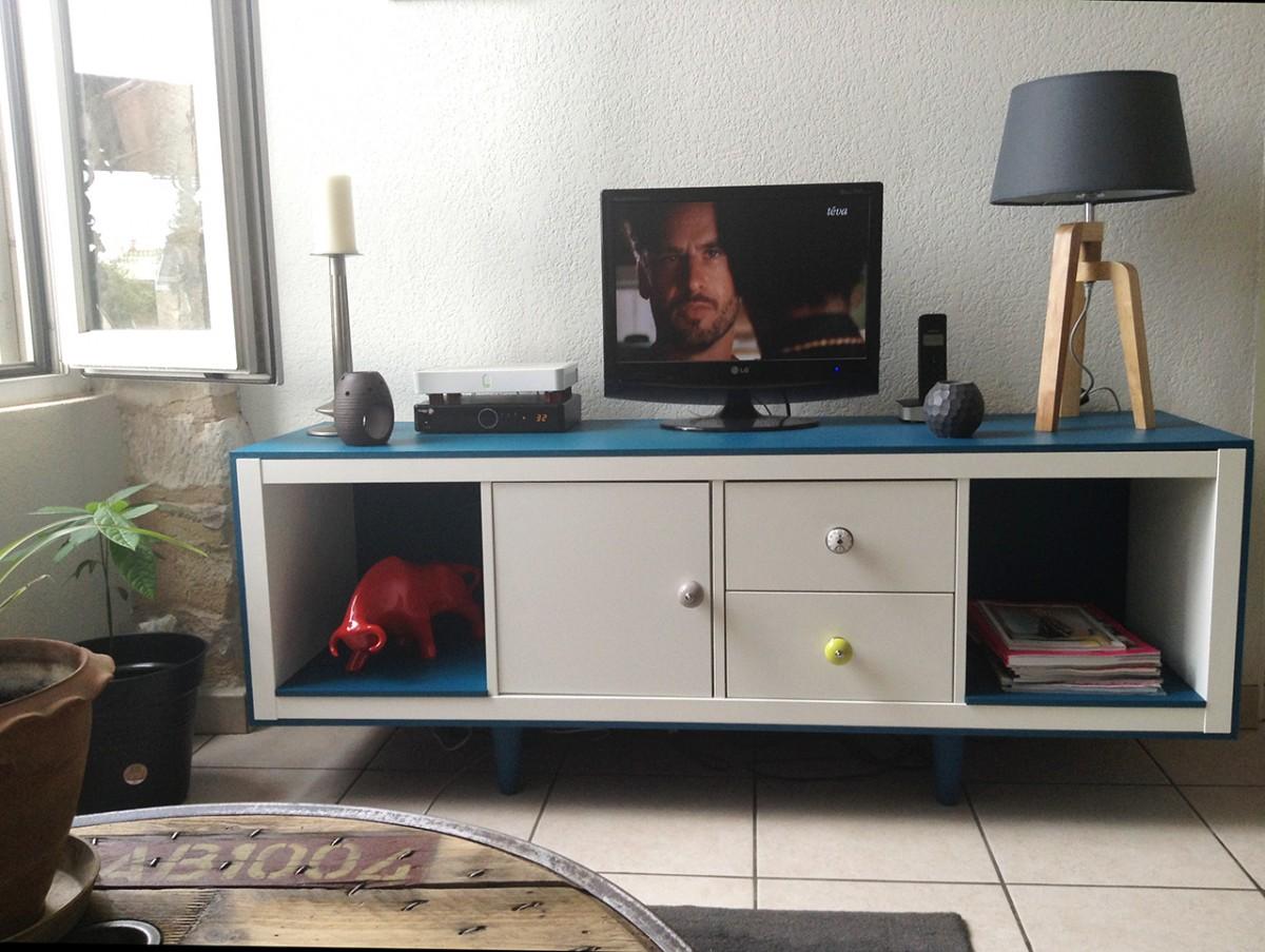 Meuble Kallax Ikea Transforme Meuble Tv - Meuble T L Ann Es 50 Avec Kallax Bidouilles Ikea[mjhdah]https://i.pinimg.com/originals/28/09/94/2809947a4178576fdb5f611a61c11799.jpg
