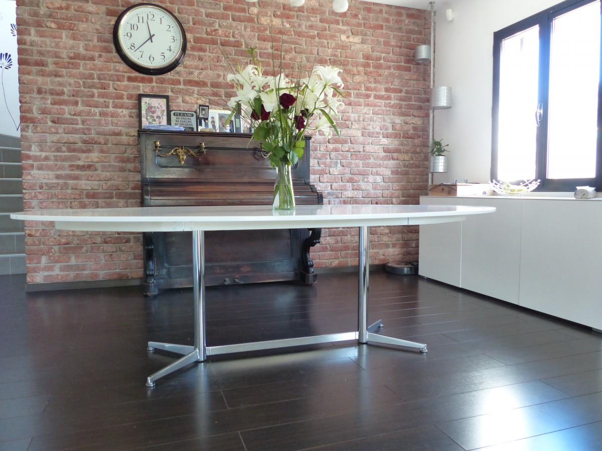 Table gidea relook e avec pied des ann es 70 bidouilles ikea - Table de salle a manger carree avec pied central ...