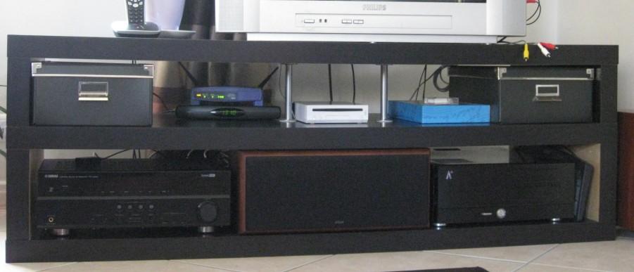 hack d 39 un banc tv ikea lack. Black Bedroom Furniture Sets. Home Design Ideas