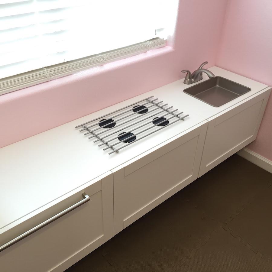 Une cuisine de professionnel pour enfant bidouilles ikea for Ikea table de cuisson