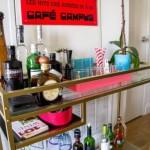 Table d'ordinateur transformée en bar