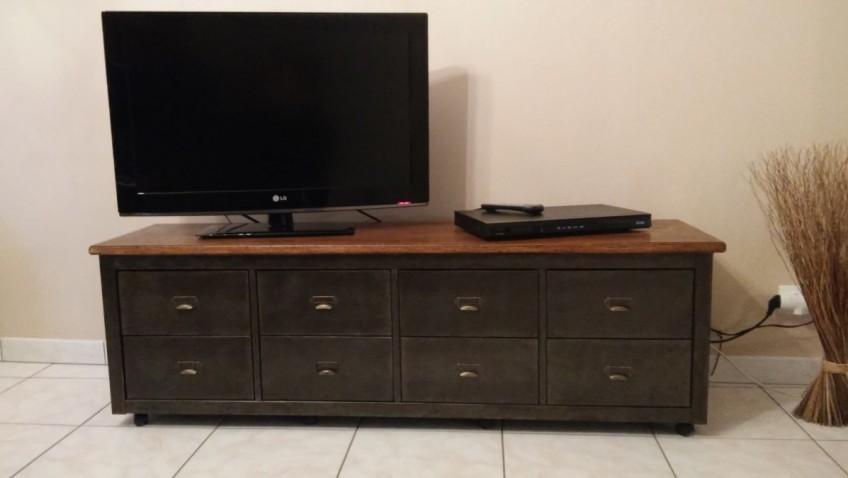 Banc t l de style industriel avec kallax bidouilles ikea - Ikea meuble tv angle ...