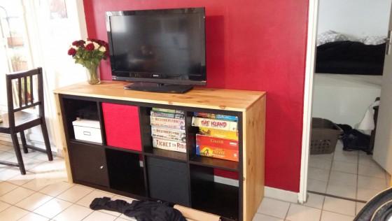 Un meuble télé avec KALLAX