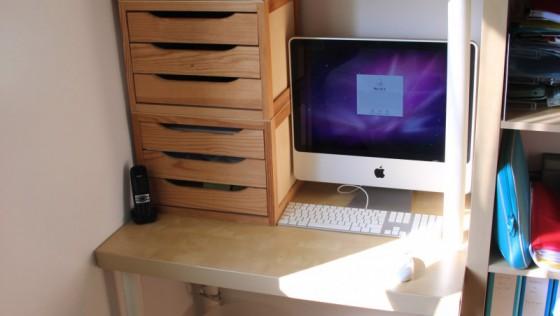Un bureau à petit prix avec LACK