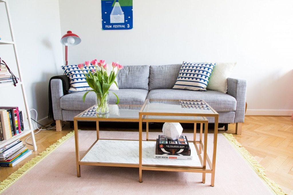Encore une table basse en marbre pas ch re bidouilles ikea - Table basse relevable pas chere ...