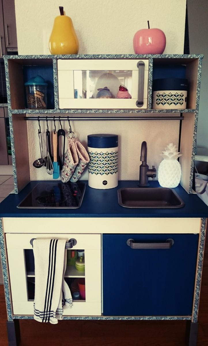la cuisini re de mes filles pas comme les autres. Black Bedroom Furniture Sets. Home Design Ideas