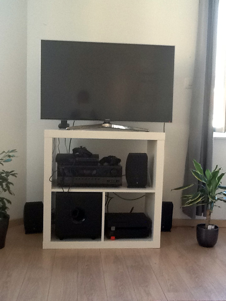 un meuble tv pour seulement 39 95. Black Bedroom Furniture Sets. Home Design Ideas