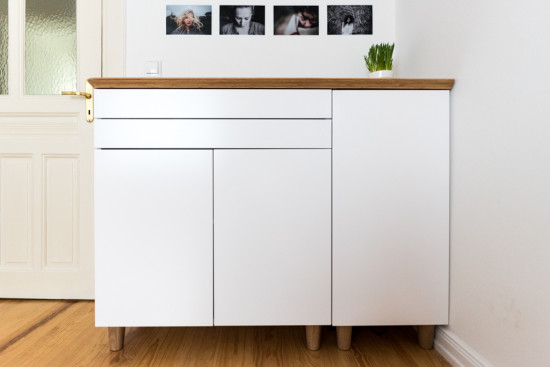 superbe buffet ikea style scandinave. Black Bedroom Furniture Sets. Home Design Ideas