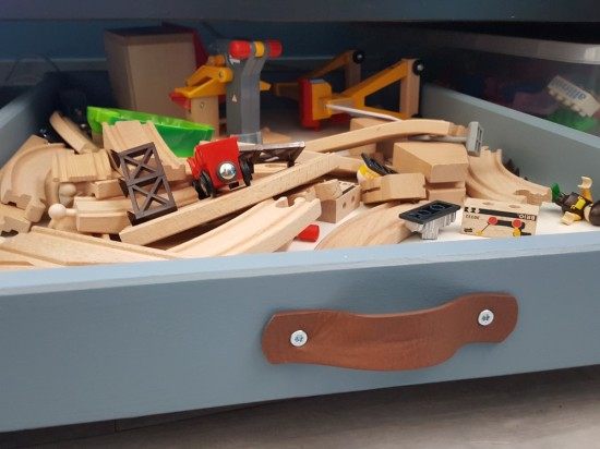 under-bed-storage-drawers