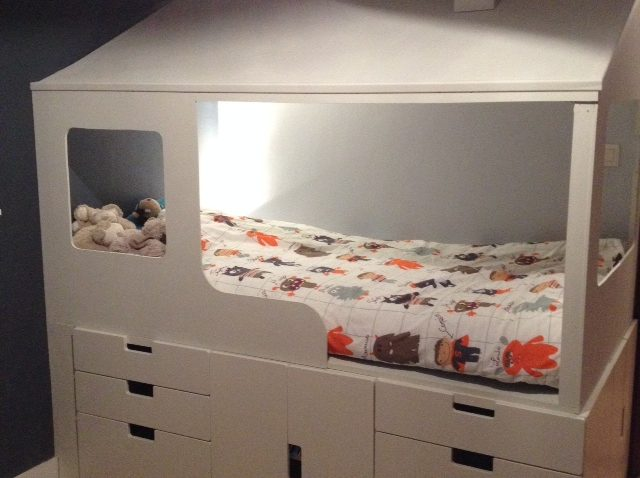 2 en 1 lit cabane enfant rangements bidouilles ikea. Black Bedroom Furniture Sets. Home Design Ideas