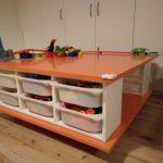 Fabriquer une table à roulettes avec les rangements à jouets TROFAST