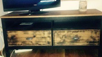 Relooking meuble TV HEMNES
