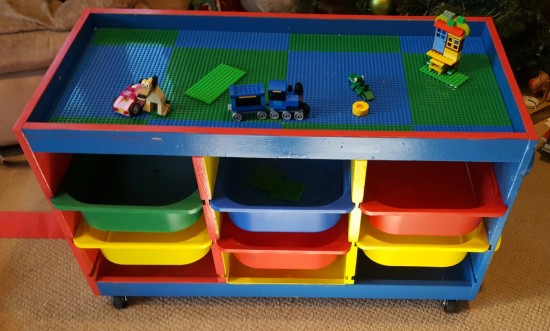 d 39 un trofast une table lego en un weekend. Black Bedroom Furniture Sets. Home Design Ideas