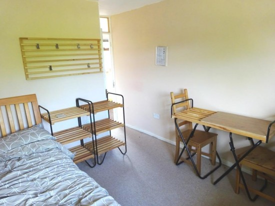 Bodo bedroom set