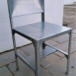 Fabriquer une chaise avec une étagère Hyllis