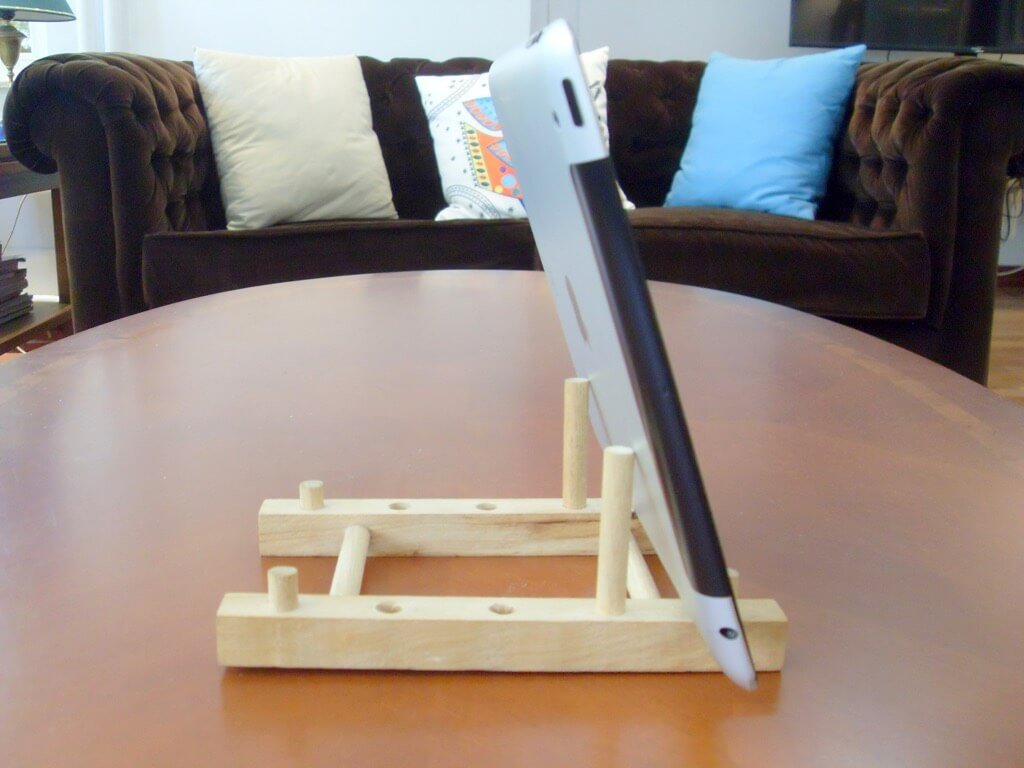 ikea-ostbit-ipad-stand-wood-1