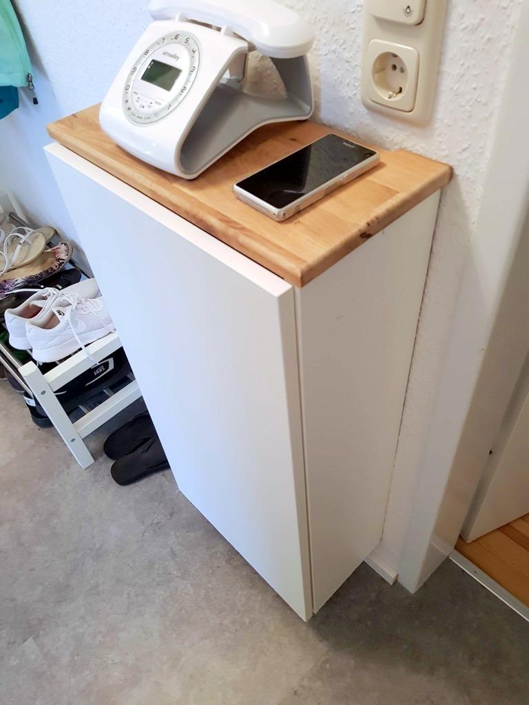Un meuble it pour garder votre modem l 39 abri des regards for Meuble mural etroit