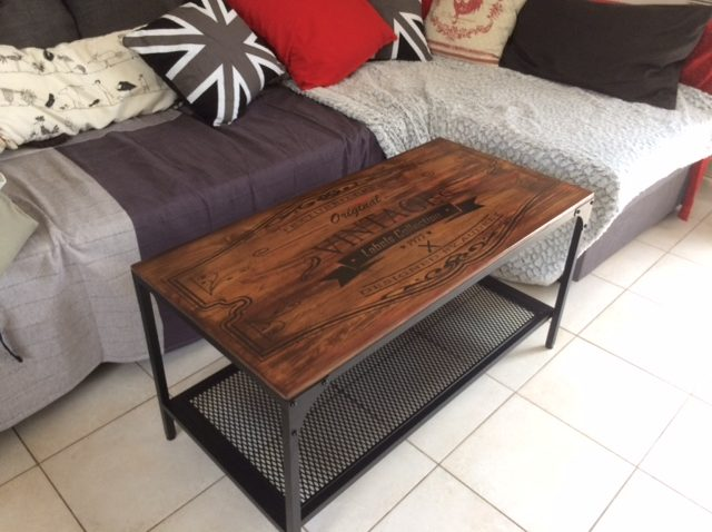 Ikea tables basses best table console ikea en bois com for Table basse style industriel