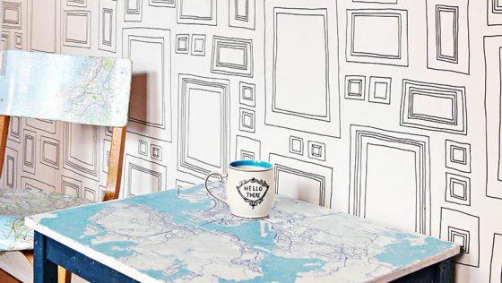 Une bidouille amusante de table pour enfants IKEA avec le plan de la ville de votre choix