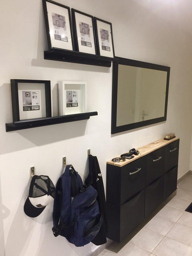 un buffet d 39 entr e pour un couloir troit. Black Bedroom Furniture Sets. Home Design Ideas