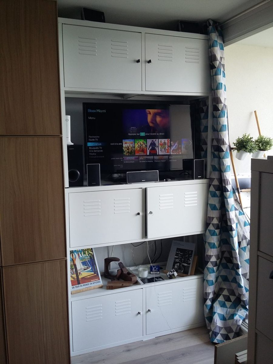 meuble tv industriel. Black Bedroom Furniture Sets. Home Design Ideas