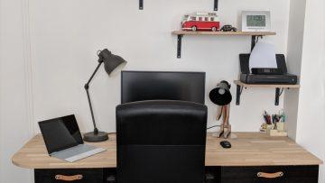 Un bureau de style industriel à partir de meubles de cuisine