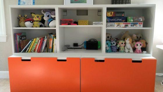 Un système de rangement de jouets pour les salles de jeux encombrées