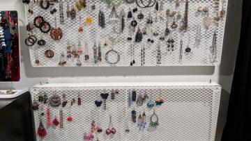 Un fabuleux présentoir pour votre magnifique collection de boucles d'oreilles