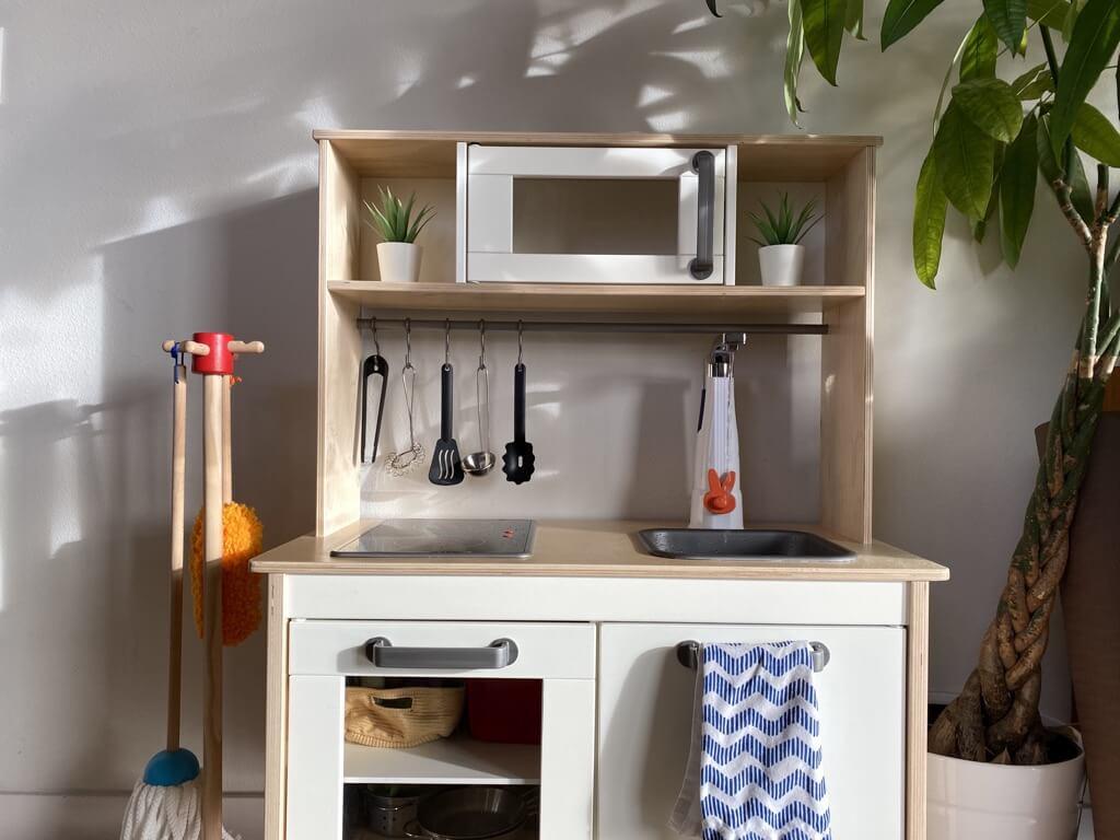 DUKTIG play kitchen with working sink