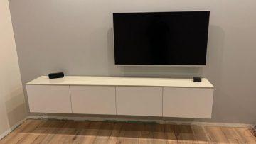 Un meuble TV suspendu tout suspendu !